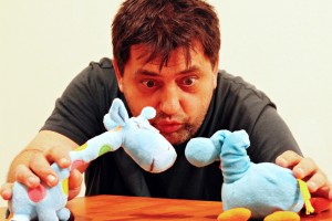 Interviu cu Lucian Branea: jucării și copilării